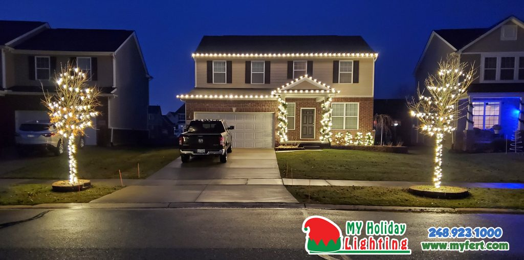 An Image of My Fertilizing Company's Holiday Light completed job for a home in New Hudson MI