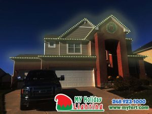 An Image Of My Fertilizing Company's Holiday Light Preview For A Home In New Hudson MI